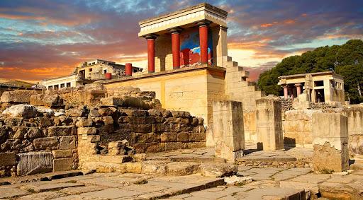 Knossos Sightseeing in Crete